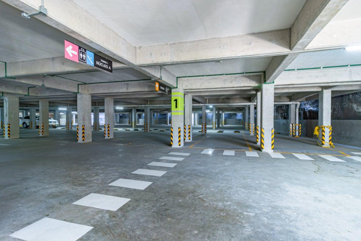 Departamentos en Santa Fe, Botanik estacionamientos